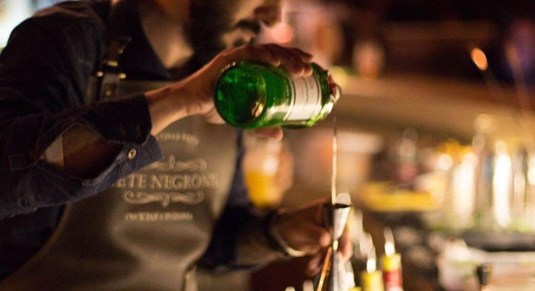 Siete Negronis: el bar chileno que ingresa a los 100 mejores del mundo